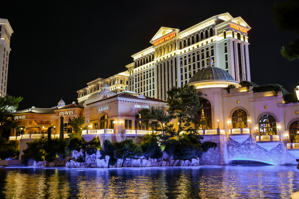 Caesars guests who engage with Ivy, a 24-hour virtual concierge service, rated their overall experience an average of five points higher than guests who knew about Ivy but did not engage.