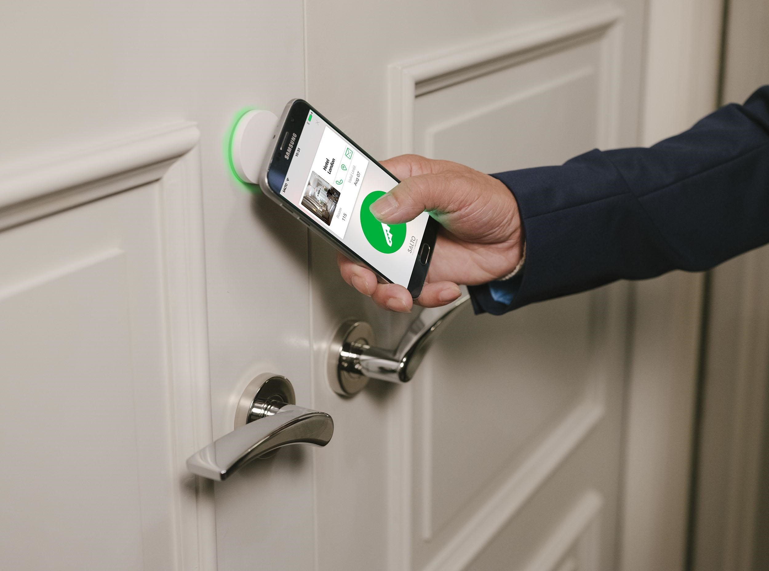 SALTO Hospitality Debuts New Electronic Door Lock AElement Fusion | Hospitality Technology : technology door locks - pezcame.com